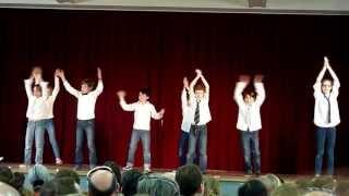 Just Dance 4 - One Direction : What makes you beautiful - par les CM2...