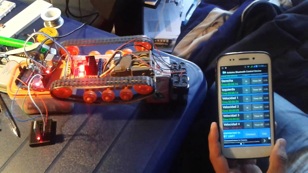 Robot de oruga tamiya con arduino uno controlado por