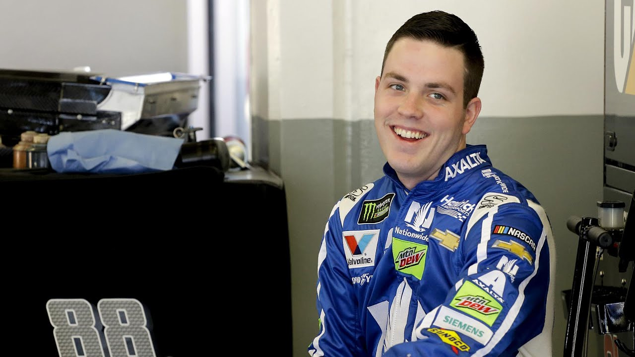 Alex Bowman drives Dale Earnhardt Jr.'s former car to Daytona 500 pole