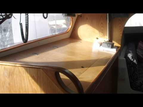 41 ft Apache catamaran Sailcraft 1973 inside tour