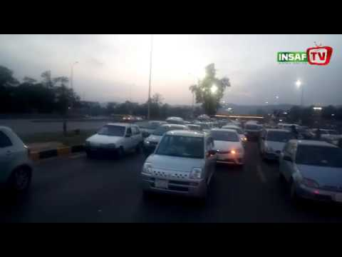 Beautiful View of Roads Jammed at Islamabad | 28 April 2017