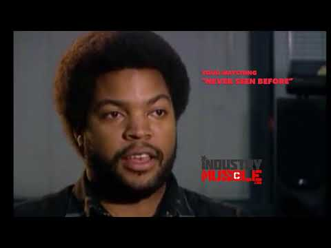 Never seen before #14 ICE CUBE in 1993 owns a reporter trying to diss Black music Artist!!