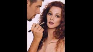 DIY How-to make up yourself/Curso de Maquillaje Cortesia Kevyn Aucoin Thumbnail