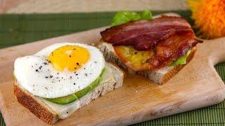 Как сделать жареный бутерброд(Вкусный жареный бутерброд. Жареный бутерброд так называется, потому что все ингредиенты в нем обжарены..., 2013-12-07T19:11:41.000Z)