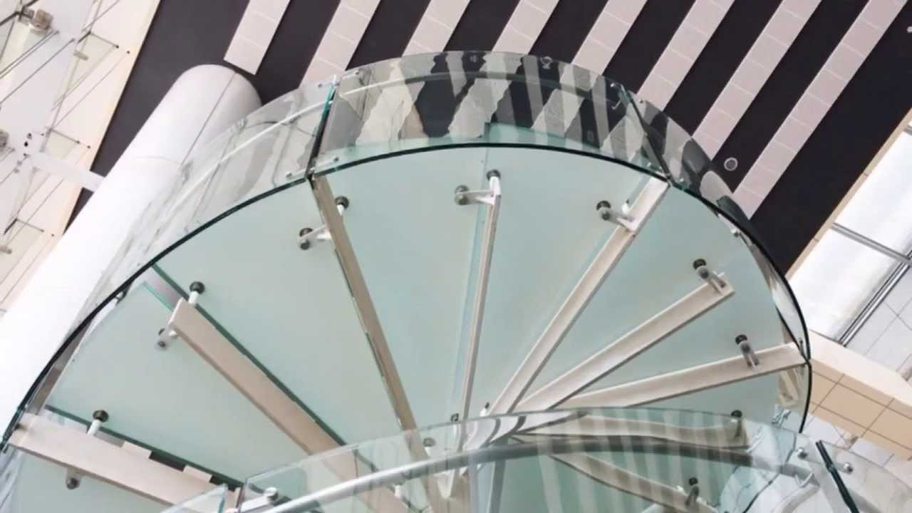 die welt der glastreppen treppenbauer und treppen aus glas bei youtube. Black Bedroom Furniture Sets. Home Design Ideas