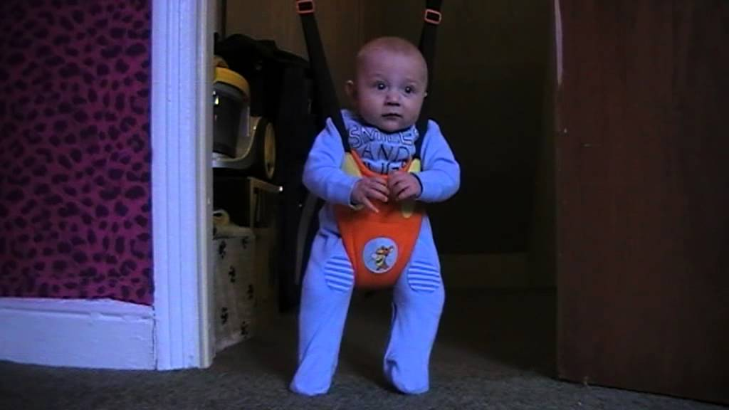 b5318b87b Baby Door Bouncer ...Funny Time ... - YouTube