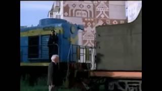 Л-4176 и ТЭМ2-1066 в фильме Ворошиловский стрелок