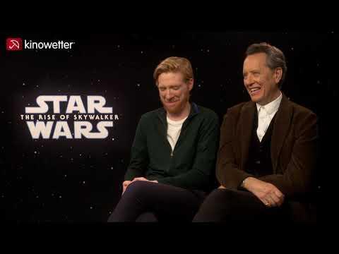 interview-domhnall-gleeson-&-richard-e.-grant-star-wars:-the-rise-of-skywalker