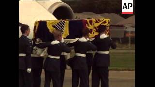 UK: RAF NORTHOLT: PRINCE CHARLES RETURNS WITH BODY OF PRINCESS DIANA