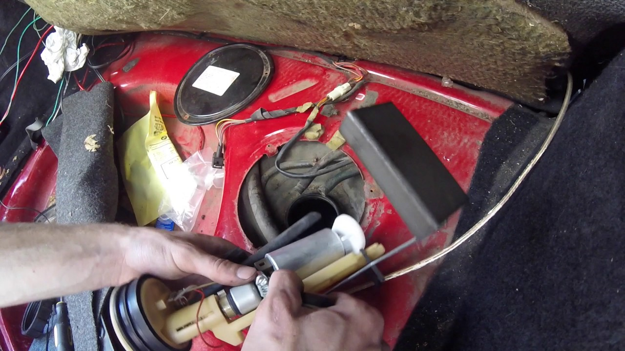 Mk2 GTI How To Replace In-Tank Fuel Pump - YouTube