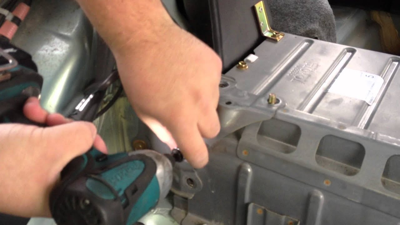 Removing Toyota Prius 2001 2003 Hv Battery