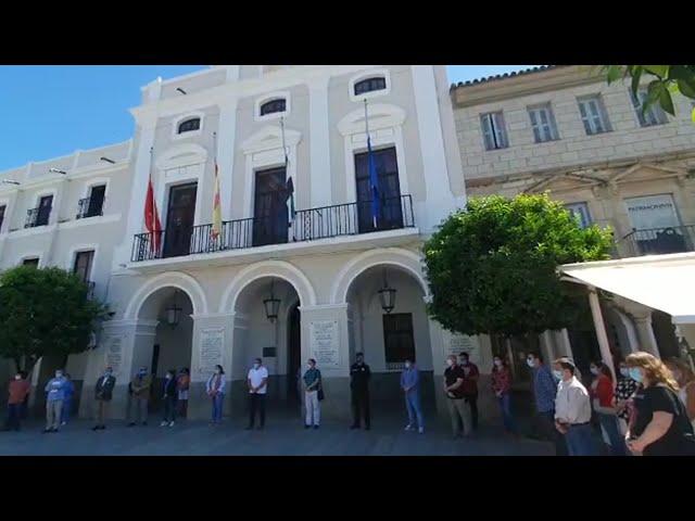 Mérida guarda un minuto de silencio por las víctimas del Covid-19