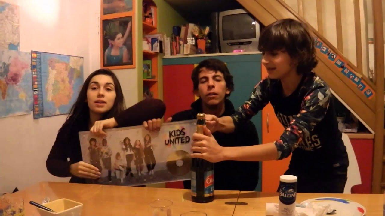 Bien-aimé 21-12-2015 Esteban y Diego fêtent le disque de platine des Kids  SB28