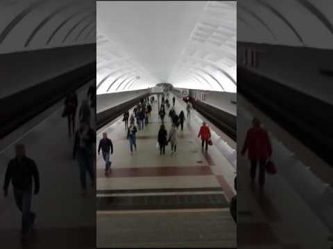 How to Use Moscow Metro. Russia. www.vpthebest.com