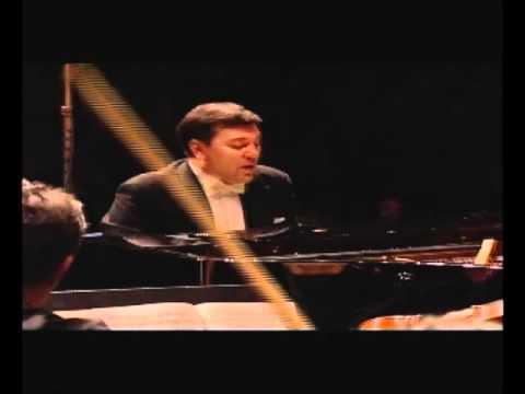 Aleksandar Serdar - Piano Concerto in C minor, No. 3, Op. 37 (II) - Beethoven