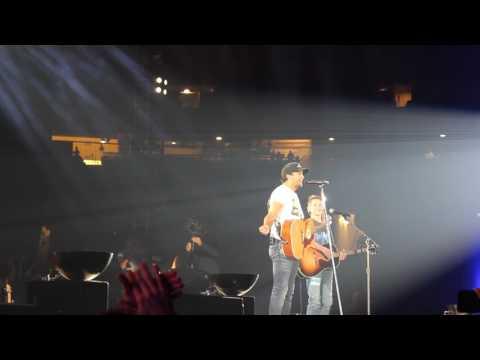 Luke Bryan Invites Ethan on Stage at AT&T Stadium Make-A-Wish