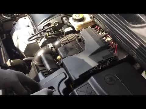 Сменить аккумулятор на Citroen C4 sedan