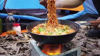Make spicy noodles f๐r dinner in the forest | Cooking outdoor | Camping