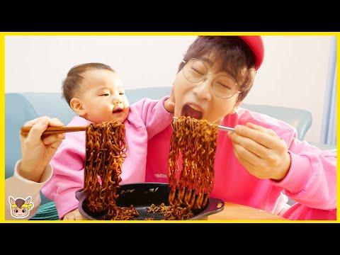 虢�搿滊 歆滌灔氅� 臧欖澊 毹轨潉旯岇殧? 靸侅柎 靷绊儉 欤茧癌雴�鞚� 鞖旊Μ雴�鞚� 鞛ル倻臧� 雴�鞚� Pororo Noodle pretend play for kids toys | MariAndKids Vlog