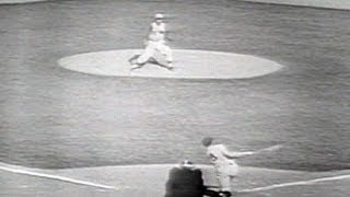 1961 WS Gm3: Maris