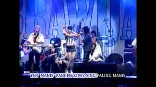 Video Udan Kangen - Chrisna Muninggar dan Bonoel (Brawijaya) download MP3, 3GP, MP4, WEBM, AVI, FLV Agustus 2017