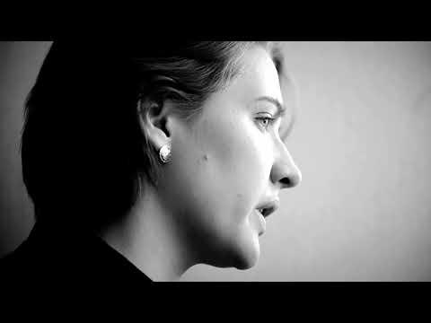 """Видео стихи мышонок_читает. Анна Ахматова """"Сжала руки"""""""