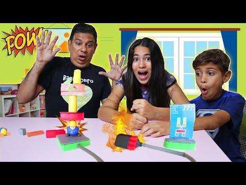 💥 DESAFIO Brincando Com A Bela Crianças VS Pais BRINCANDO De Jogo Explosão Familia Bagunça
