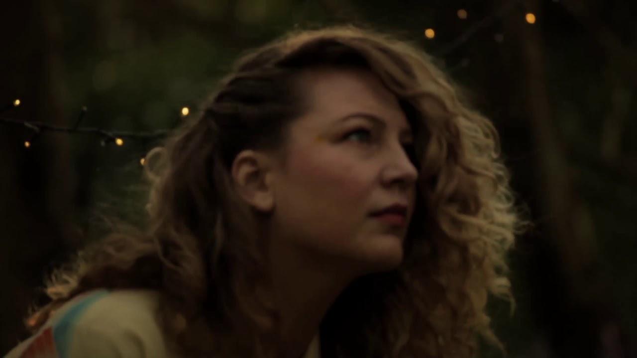 'LOREDANA' By Emilia Mårtensson MUSIC VIDEO BY: Dave Mckean