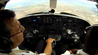 Citation V: turbulence during landing. Cockpit view!