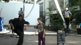Nuevo circo de Karakare 45 / Zirkuz mago plaza Armando Reveron Unearte 2011