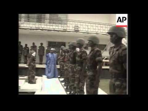 Nigerian president receives hero's welcome