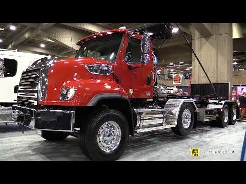 2015 Freightliner 114SD SBA Truck with Detroit DD13 12.8L 450hp Engine - Walkaround - 2015 Expocam