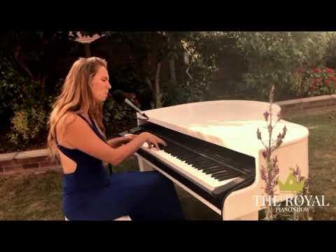 Wedding Pianist | The Royal Piano Show| Lara Olivia | UK