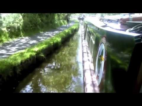Wandering Duck hosted canal boat experience