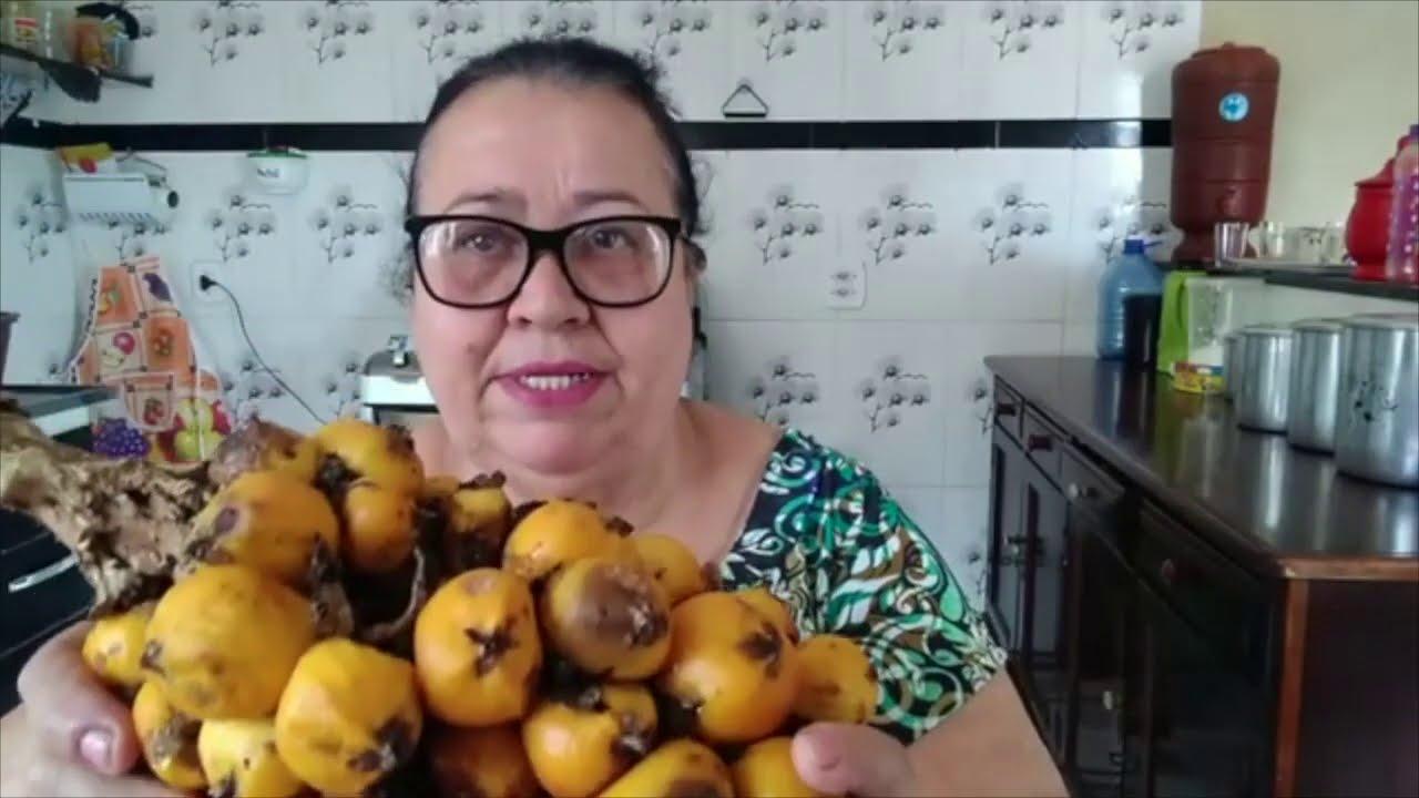 O XAROPE DE CARAGUATÁ DA DONA MARINA
