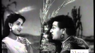 Madhoshi Mein Tanhayi Mein - Sheikh Chilli (1956) - Popular Song