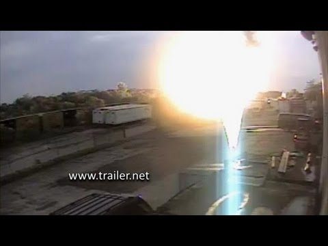 #2 ORIGINAL EXCLUSIVE video of Baltimore, MD train & truck accident and explosion