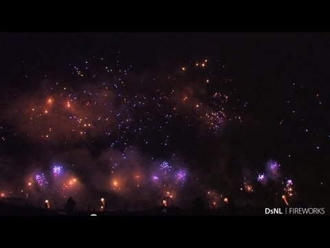 [ HD ] Int. Fireworks Competition Hannover | 25-05-13 | Grup
