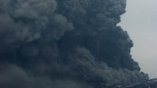 HDモードデ編集したSD版 北海道・有珠山マグマ水蒸気爆発噴火2000年4月Phreatic magma  eruption at Mt.USU/HOKKAIDO 01APR2000.