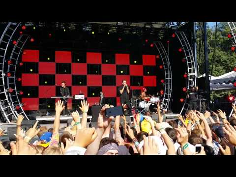 G-Eazy - Tumblr Girls (LIVE) ft. Christoph Andersson