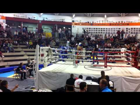 Alberto trujillo Muay thai velada 30-11-12