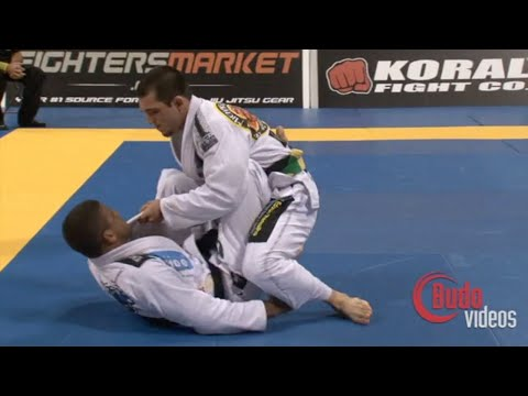 "Michael Langhi VS Gilbert ""Durinho"" Burns / World Championship 2010"
