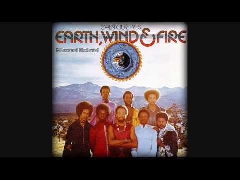 Earth, Wind & Fire -  Mighty Mighty  ( HQsound )