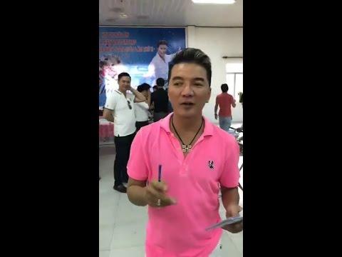 Mr Đàm Vĩnh Hưng làm giám khảo cuộc thi nấu ăn