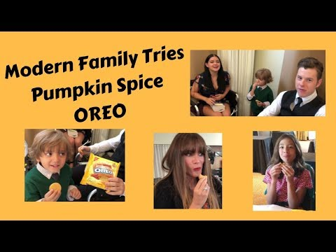 Modern Family Cast & Crew Tries Pumpkin Spice Oreos