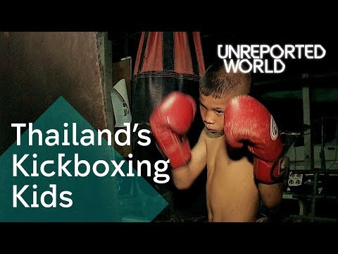 Muay Thai children fighting for cash | Unreported World