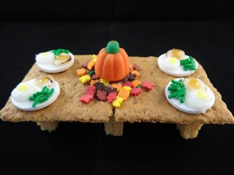 Mini Edible Thanksgiving Table and Feast - with yoyomax12