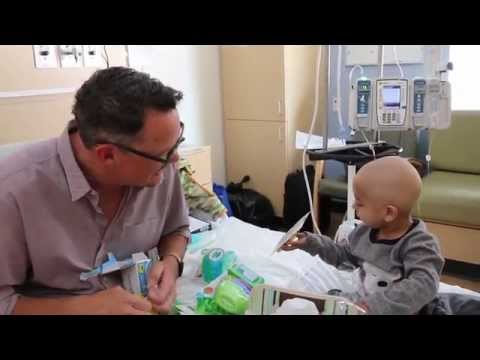 Matthew Lillard's Visit to CHLA in Support of Dreamnight
