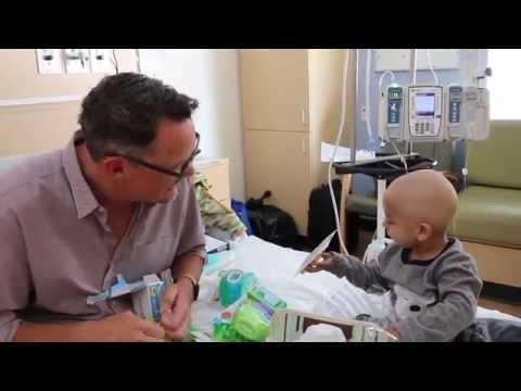 Matthew Lillard's Visit to CHLA in Support of Dreamnight