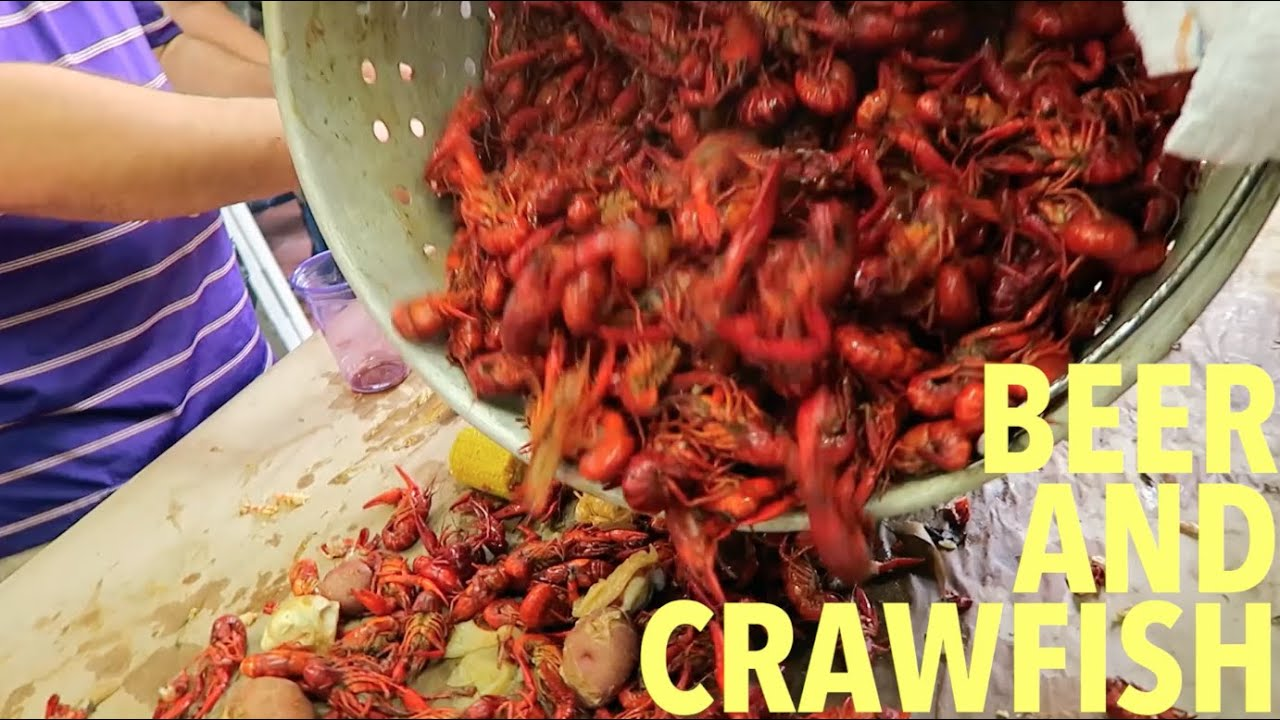 how to eat crawfish video